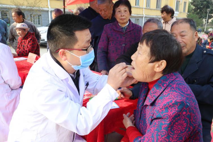 荆门市口腔医院义诊活动第十站——走进凯龙社区